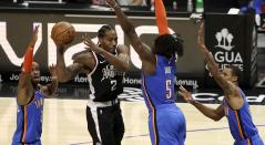 Los Angeles Clippers derrotaron el domingo a los Oklahoma City